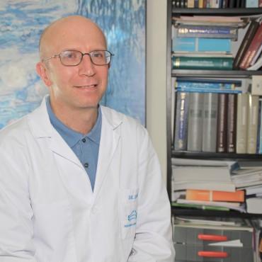 Dr.López