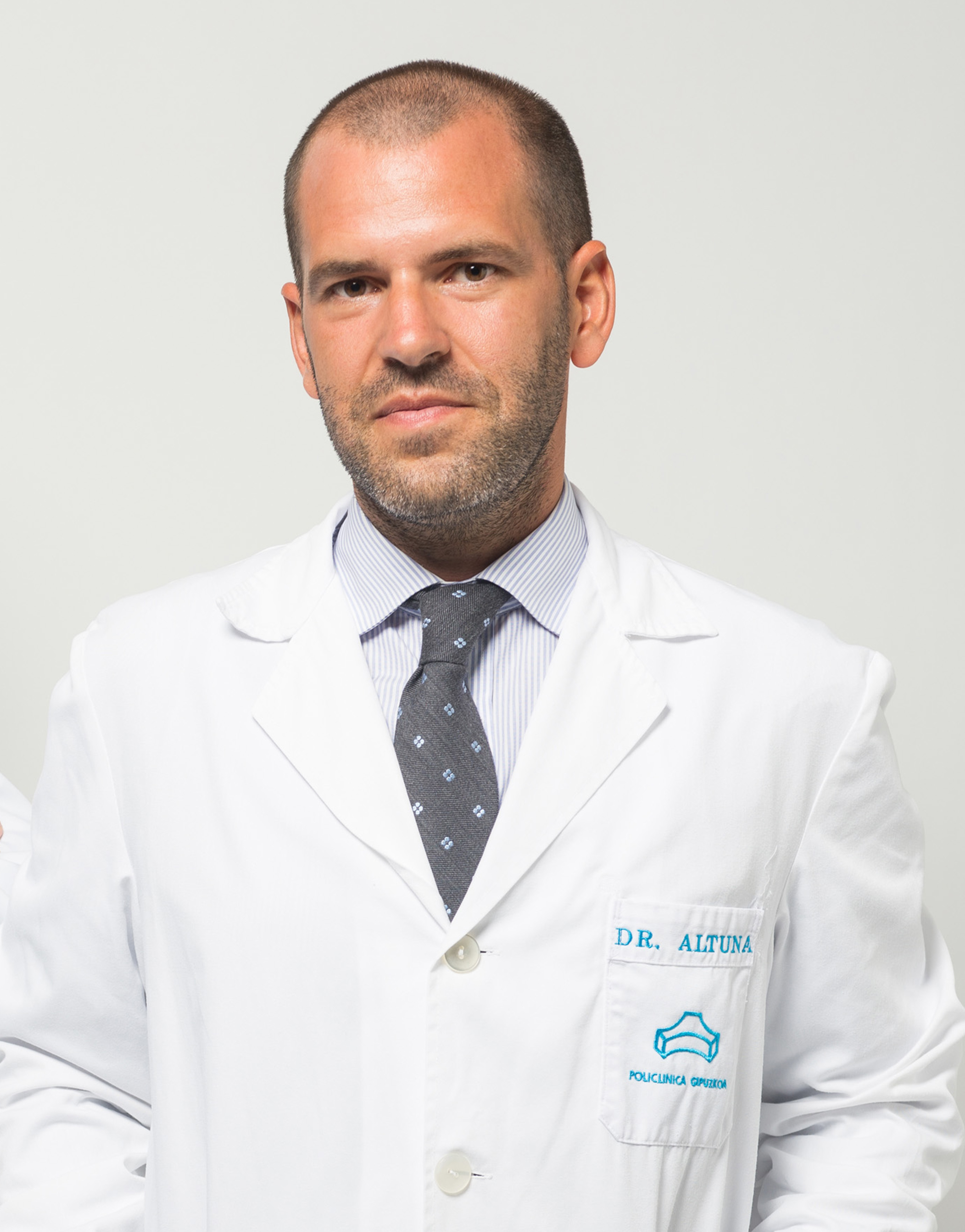 Dr. Altuna