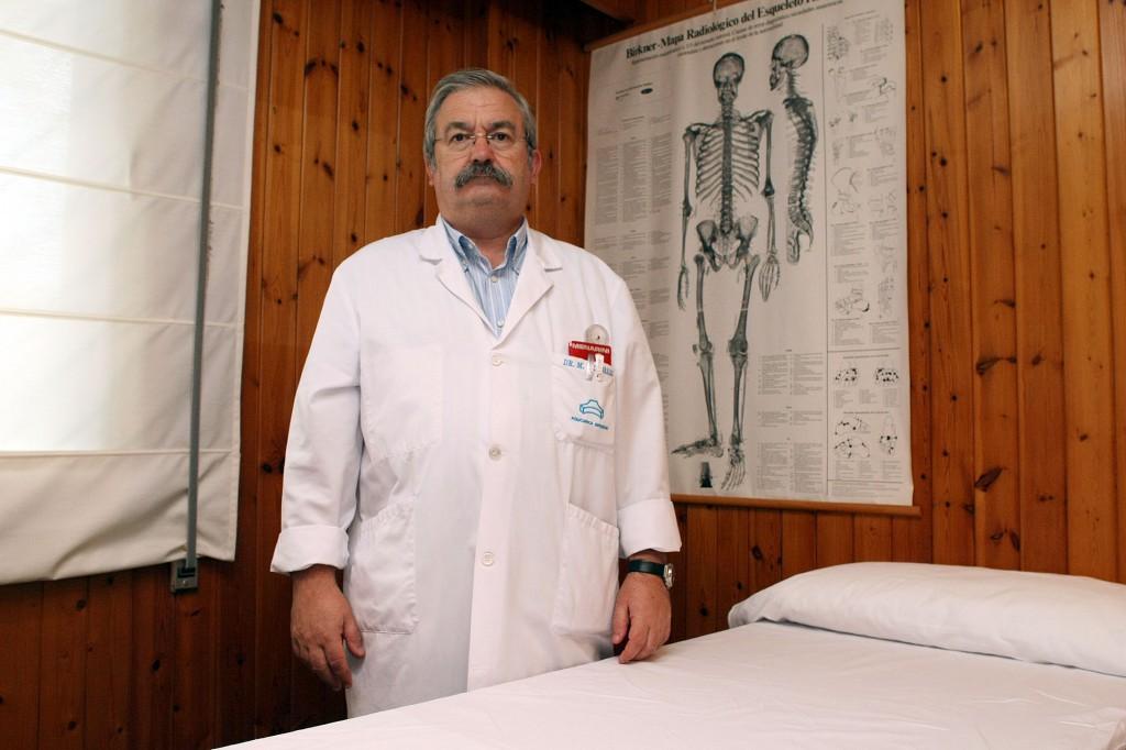 Dr. Renobales