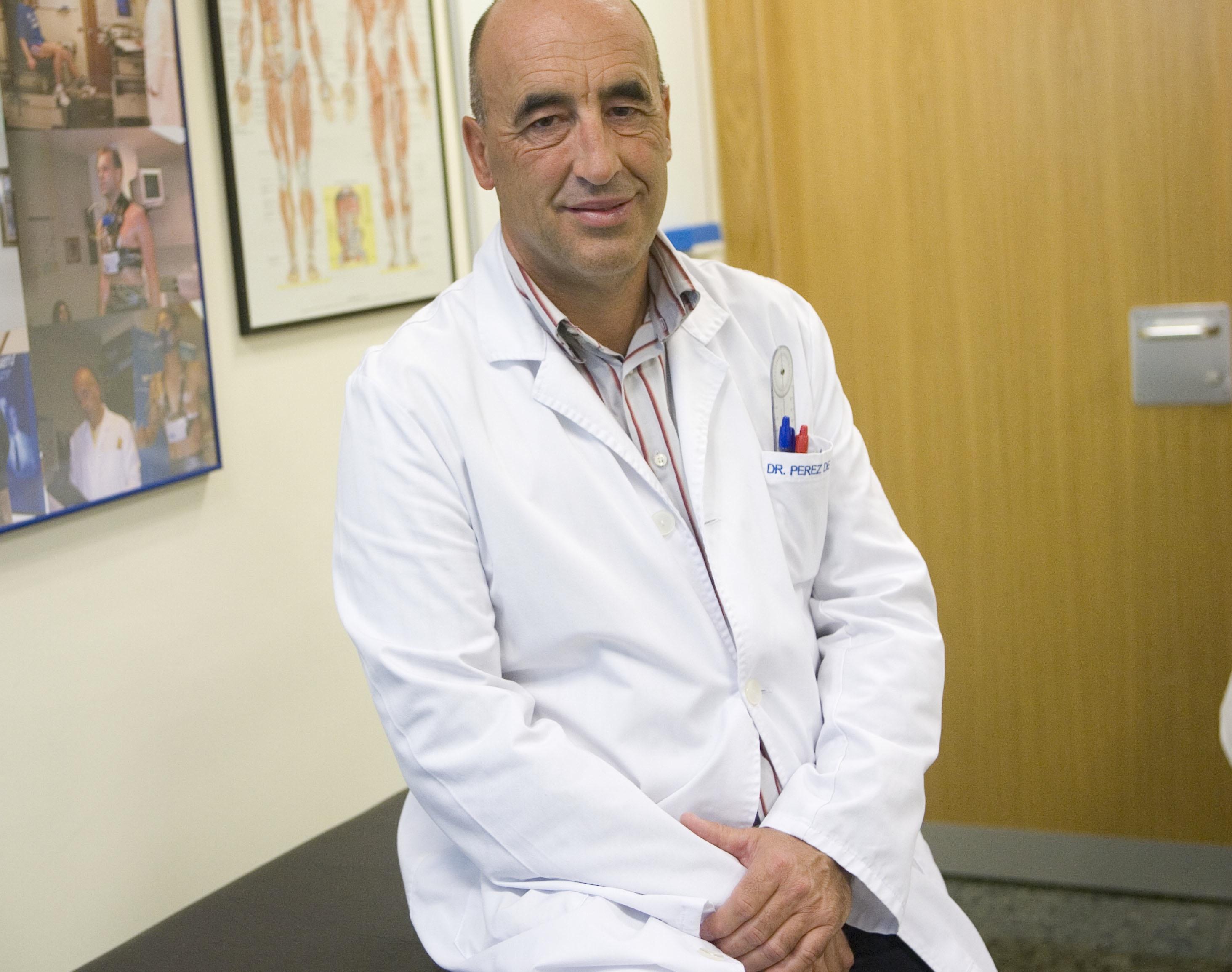 Dr. Enrique Pérez de Ayala