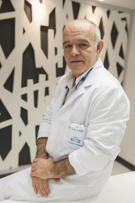 Dr. Toño Lara