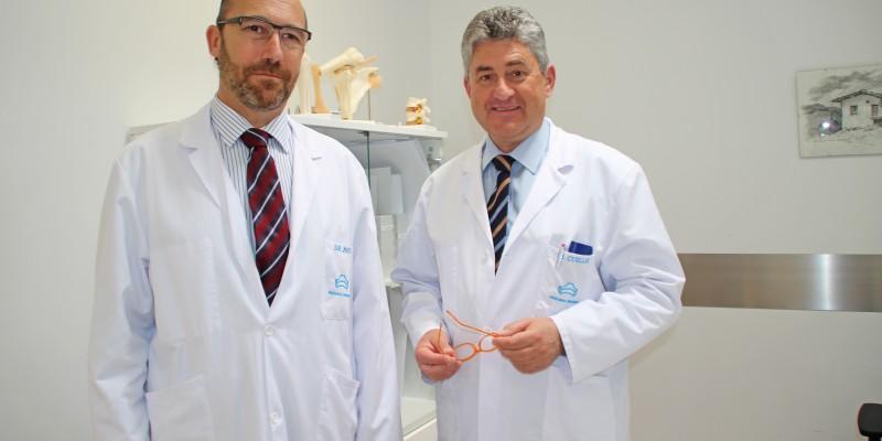Los traumatólogos de Policlínica Gipuzkoa Juan Ponte y Ricardo Cuéllar