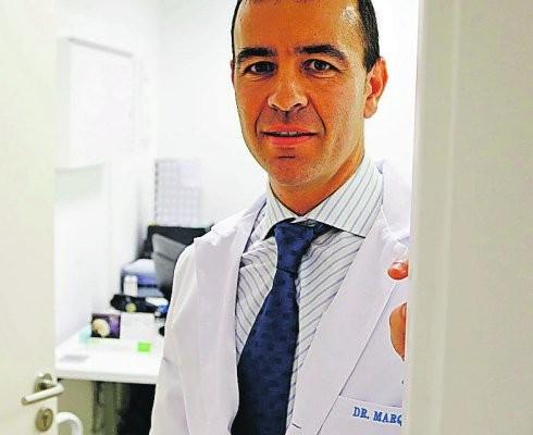 Alberto Marqués, traumatólogo especialista en cirugía endoscópica de columna