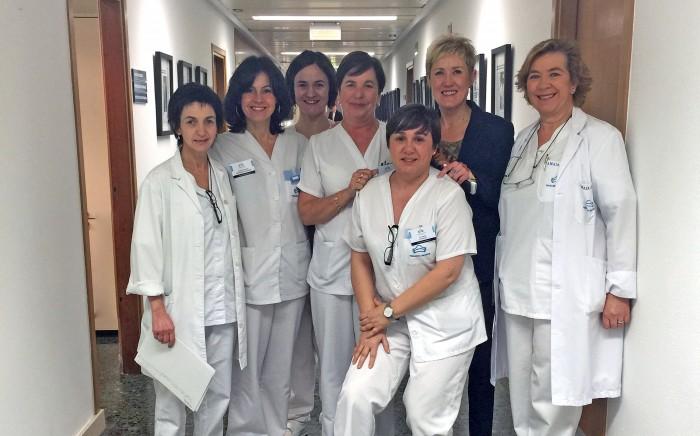 La presidenta del del Colegio Oficial de Enfermería de Gipuzkoa visita a las enfermeras de Policlínica Gipuzkoa