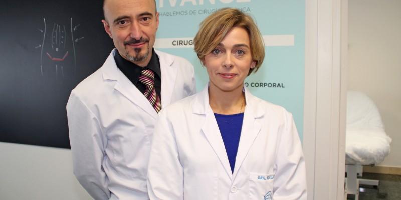 Los cirujanos estéticos de Policlínica Gipuzkoa José M. Del Amo y Olatz Arcelay
