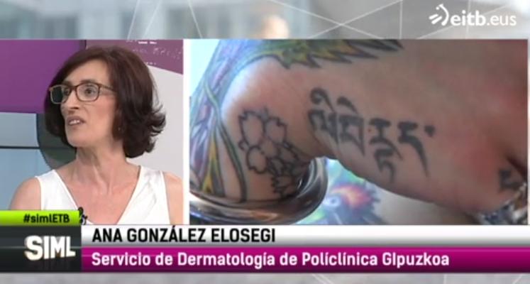 """Ana González Elósegui, del Servicio de Dermatología de Policlínica Gipuzkoa en el programa de ETB2 """"Sin ir más lejos"""" hablando sobre los riesgos de los tatuajes y los piercings."""