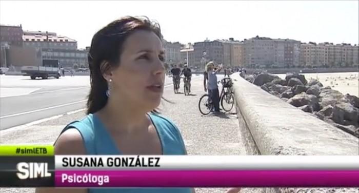 Susana González, psicóloga, entrevistada en ETB2.