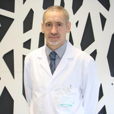 dr_asier_lasa_imaz_neurologo_policlinica_gipuzkoa_1