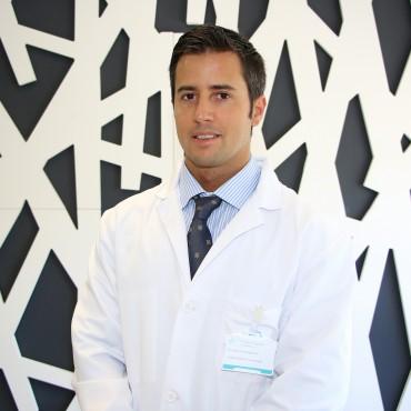 dr_adrian_cuellar_ayestaran_trumatologo_policlinica_gipuzkoa