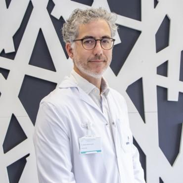 Dr. Nicolas Samprón