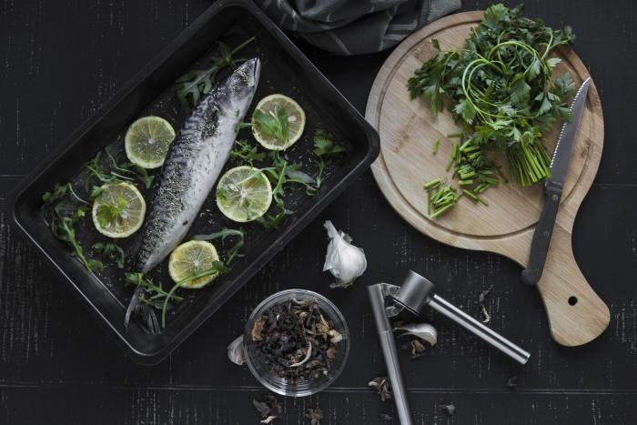 Para realizar una alimentación equilibrada, saludable, es importante consumir productos frescos que sea capaz de aportarnos todos los nutrientes necesarios.
