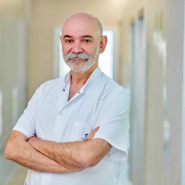 Dr. Miguel García Giménez ginecologo
